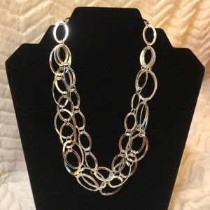 Jewelry - NWOT ~ Silver Triple Strand Oval Link Necklace